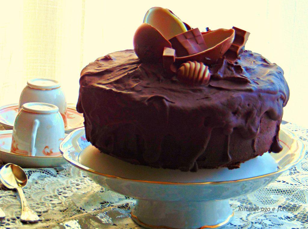 Drip cake al cioccolato fondente